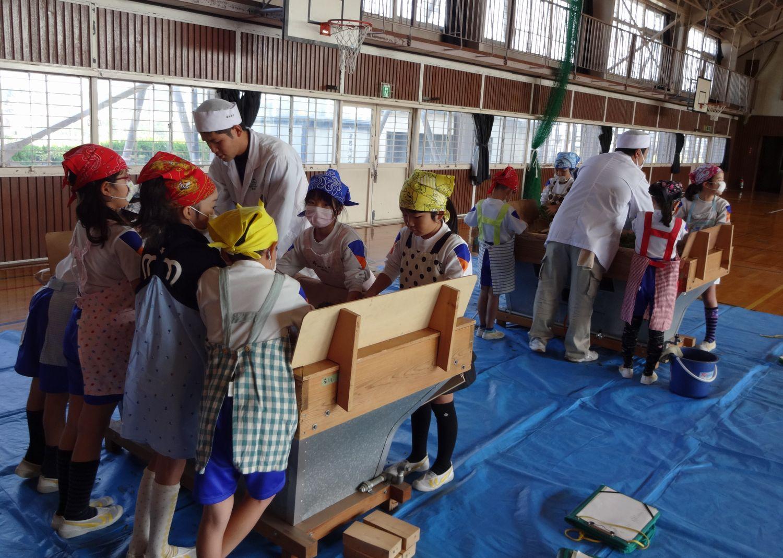 内田小学校3